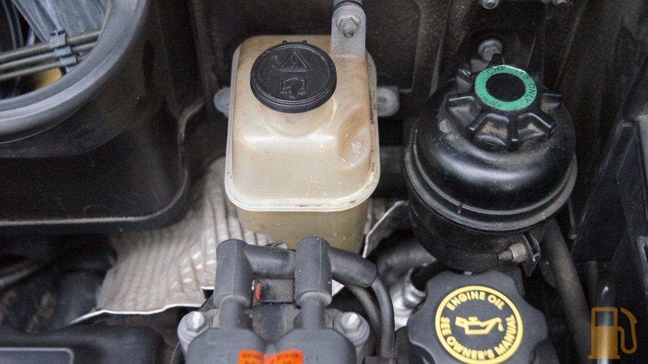 Mini Cooper, Coolant Bottle Cleaning - Tastes Like PetrolTastes Like Petrol